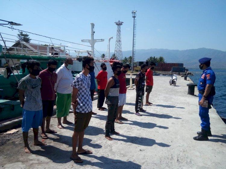 Dukung New Normal, Sat Polairud Polres Alor Terus Sosialisasikan Protokol Kesehatan ke Nelayan
