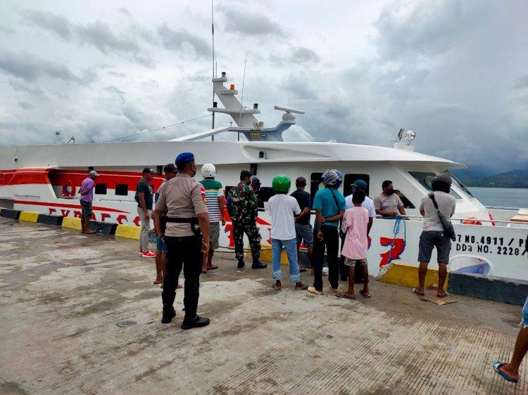 Sat Polair Polres Alor Lakukan Pengamanan Keberangkatan Kapal Express Cantika