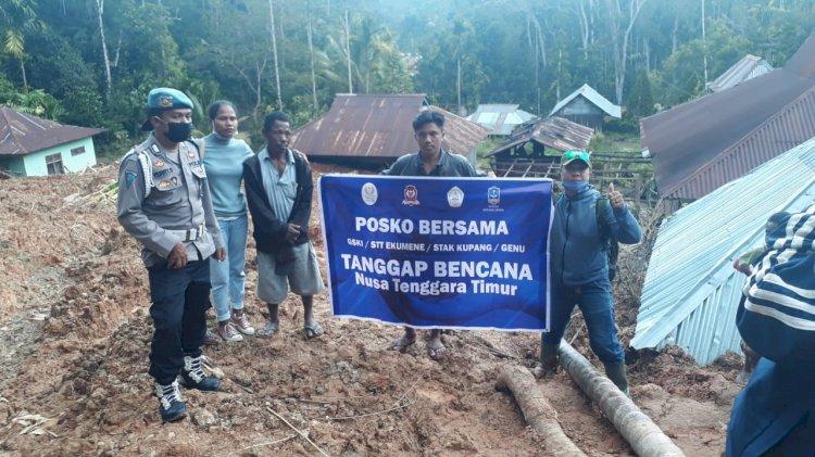 Polsek Alsel Dampingi Penyerahan Bantuan dari Gereja Bhetel Indonesia (GBI) Kepada Masyarakat yang Terdampak Bencana Alam