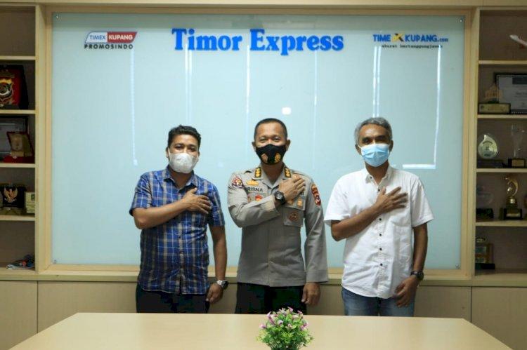 Bangun Silaturahmi Dengan Media, Kabidhumas Polda NTT Kunjungi Kantor Timex Kupang