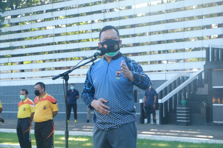 Pimpin Apel Olahraga Pagi, Kapolda NTT Ingatkan Pentingnya Menjaga Protokol Kesehatan