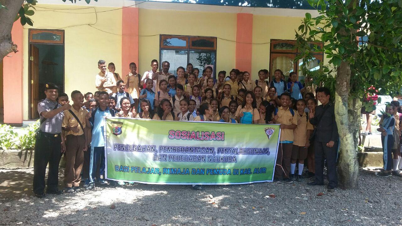 Polres Alor Kampanye Berantas Narkoba DI SMA Kristen 2 Kalabahi