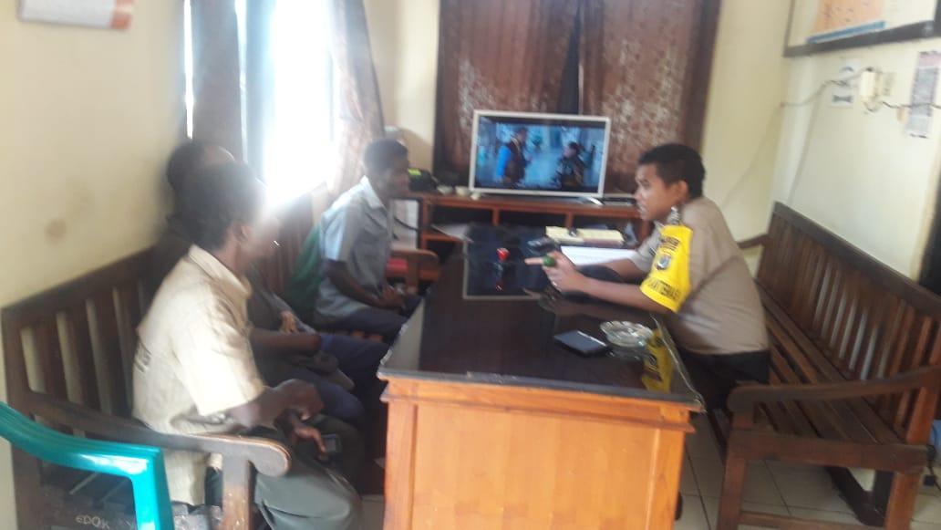 Bhabinkamtibmas Desa Lembur Tengah Berhasil Mediasi Kasus Pengancaman Warga