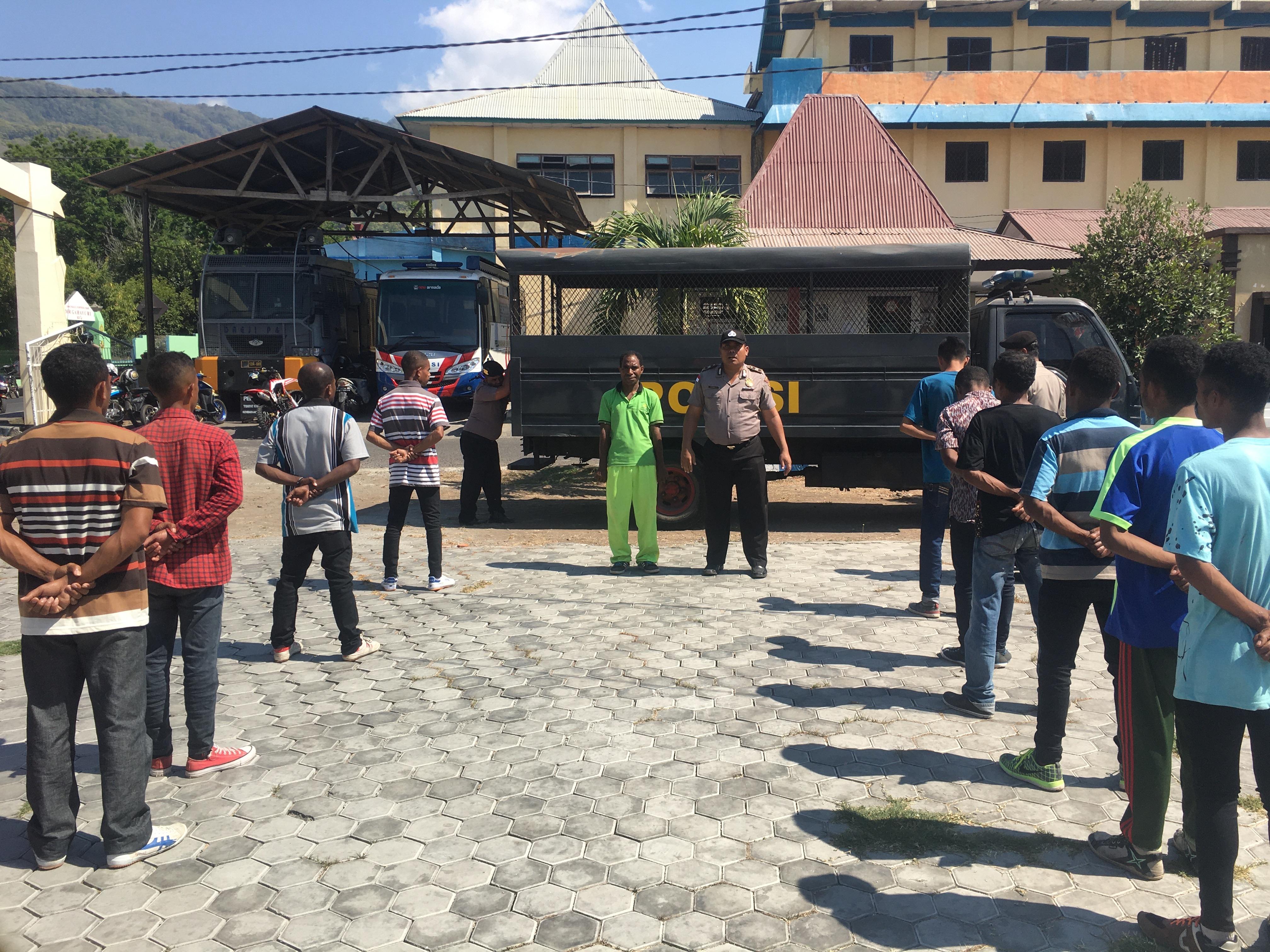 Pelatihan Calon Security Oleh Sat Binmas Polres Alor