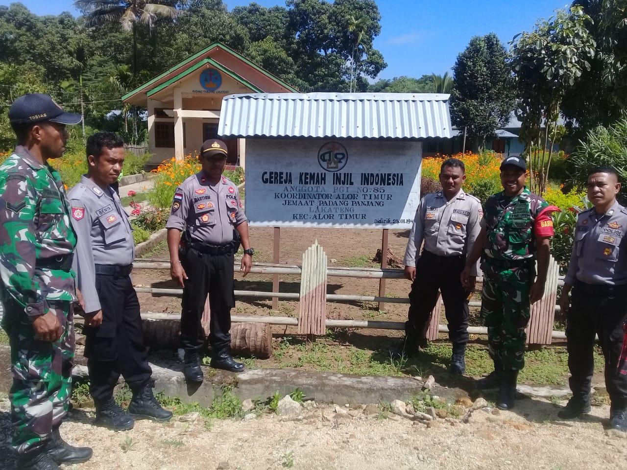 Patroli Gabungan Dari TNI Dan POLRI Guna Berikan Himbauan Pencegahan Virus Covid – 19 Kepada Masyarakat